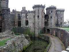 Chepstow Castle image